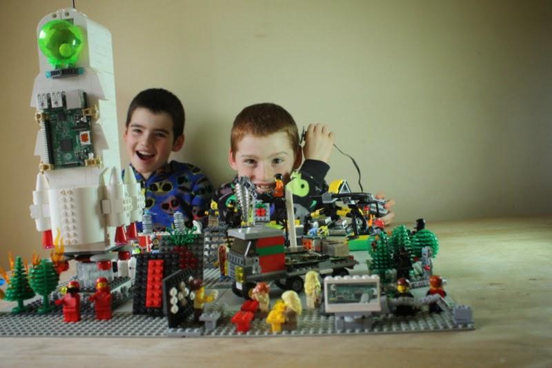 Die zwei stolzen Architekten der Lego Welt